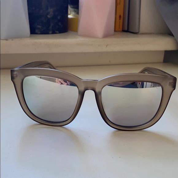 QUAY Zeus Sunglasses Taupe/Tan